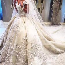 Luxury Princess Crystal Wedding Dress Flower Appliques Bridal Gown Custom  C016