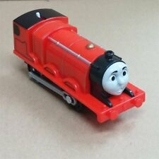 LOOSE TRACKMASTER THOMAS MOTORIZED HYPER ENGINE BATTERY TRAIN - JAMES