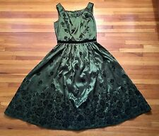 Neca Bella Swan Twilight New Moon Birthday Green/Black Velvet Dress Size S