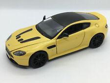 Motormax 1/24 Aston Martin V12 Vantage S YELLOW  79322-YLW