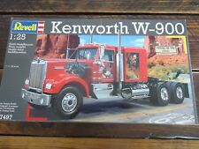 REVELL KENWORTH W900 TRUCK PLASTIC  MODEL AMT NEW UNOPENED 1:25 MAN CAVE DISPLAY