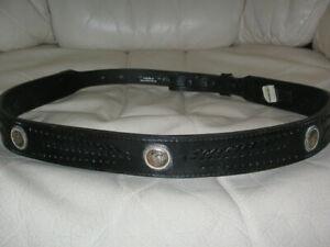 NOCOMA  A 439 Men or Women's Black Leather w/Silver WESTERN BELT  size 34