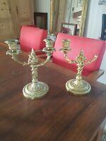 Belle paire de bougeoir de style Louis XVI en bronze doré napoléon III