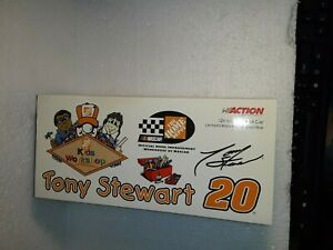 Tony Stewart 2000 Home Depot/Kids Workshop 1:24 Nascar Diecast