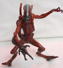 Alien Resurrection - 1997 WARRIOR ALIEN - Hasbro Signature Movie Edition Figure