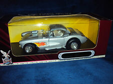 DieCast Metal Collection De Luxe Edition 1:18 Chevrolet Corvette Gasser