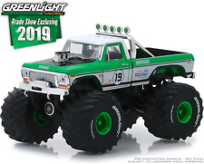 GREENLIGHT 2019 TRADE SHOW 1974 FORD F-250 MONSTER TRUCK #19 (PRE-ORDER)