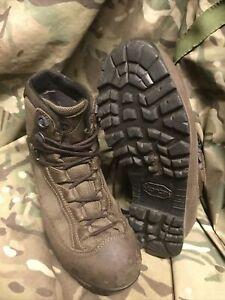Brown high Liability goretex AKU Boots!british Army Issue!grade 1!Size 5 Medium
