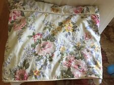 """LOVELY RALPH LAUREN FLORAL QUEEN DUVET COVER WITH PIPING  74"""" x 88'"""