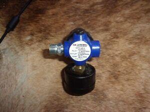 Campbell hausfeld MP514810   Mini Regulator