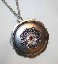 Rhinestone Flower Necklace Shiny Scalloped Silvertn Red