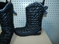 Womens The North Face winter boots - black- size 7