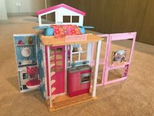 Barbie foldable doll house