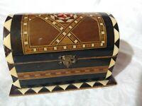 Jewelry Trinket Inlaid Veneer Wooden Gift Box Velvetina Lined VTG MCM Mini Trunk