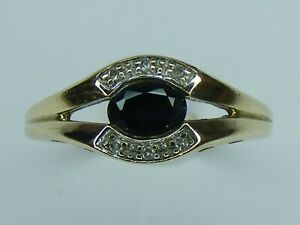 OVAL SAPPHIRE & DIAMOND 9CT GOLD RING, SIZE P, 3.2 GRAMS