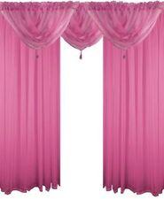 Rideaux et cantonnières rose en voile pour la maison