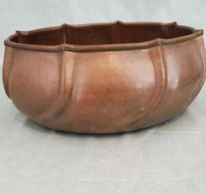 Vintage Large Copper Bowl Hammered Rolled Rim Edge Arts & Crafts  Decor