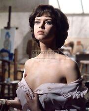 GABRIELLE DRAKE BRITISH ACTRESS - 8X10 PUBLICITY PHOTO (AZ864)