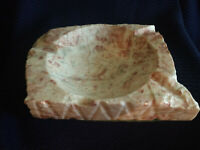 VINTAGE LARGE HEAVY SOLID MARBLE ASHTRAY