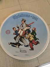 """New ListingNorman Rockwell 1991 Christmas """"Santa's Helper� Collector plate with cert"""