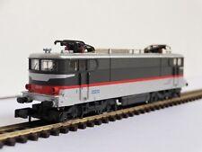 Arnold 2487 Echelle N 1/160 Locomotive SNCF BB 25212 multiservices avec boite