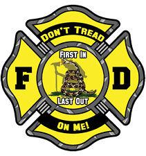 Don't Tread On Me! Firefighter/FD Helmet Laptop sticker/decal 2 inchs