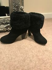 Gorgeous Black Sued And Sheepskin Boots Size Uk 5