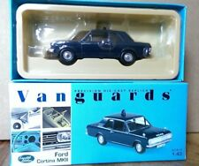 Corgi VA04104 Ford Cortina MKII Thames Valley Police Ltd Ed. Nº 2621 de 5100