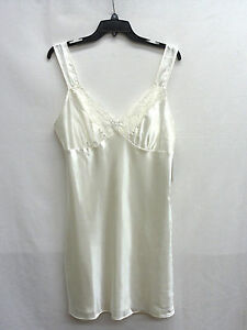 Morgan Taylor Lace Ivory Chemise Ivory, Size Small