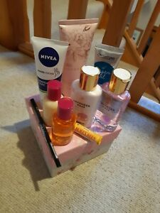 Beauty bundle box with assorted body products