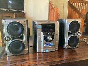 SONY Mini HIFI 3 CD Deck Receiver MHC-RG475 S 300W EXC