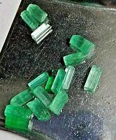 Canutillo (1) cristalino de esmeralda en bruto - 6 mm, sin tratar