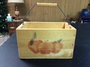 Wooden Basket Box with Wire Handle and Apple Decorations (Excellent)