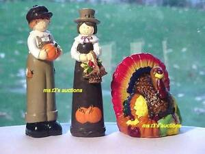 2 PILGRIMS AND A TURKEY CANDLE ~ Thanksgiving Table Top Decor Decorations NEW