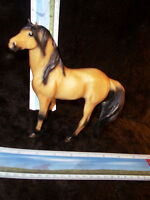 Breyer Reeves Horse Vintage Golden Stallion Dark Brown Mane Silver Logo: Silver