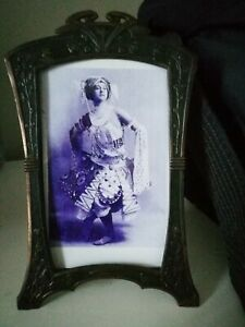 ATTRACTIVE ORIGINAL ART NOUVEAU ,JUGENDSTIL, METAL PHOTO FRAME