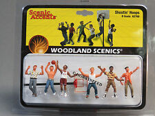 WOODLAND SCENICS SHOOTIN HOOPS o gauge train figures basketball sports WDS2760