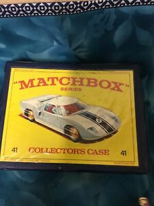 Vintage Matchbox Series Ford GT40 Collectors Case with 4 Trays of Matchbox Cars