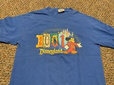 DISNEYLAND vintage 2001 official Mickey Mouse t-shirt Adult Medium WALT DISNEY