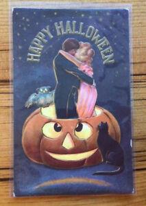 Antique HALLOWEEN Postcard Jack O' Lantern Cat Owl Kissing Couple (#1272)