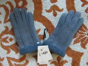 UGG AUSTRALIA WOMENS BLUE SUEDE GLOVES, 14049, NWT $140, SMALL