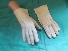 Vintage 1960's Kid-backed Cream Gloves - Sml/Med
