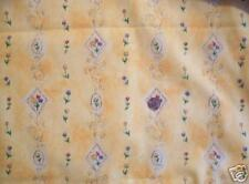 Fabric-Sweetheart yellow-gold floral fabric, English