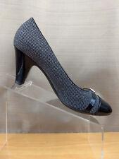 df7308d439f9 Naturalizer Women s Bean Dress Shoes Grey Flannel Black Patent Pump Size 8M