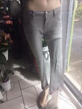 Jean Morgan gris    taille 36  tbe
