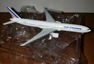 Air France Boeing 777-300 Herpa  1:500 Model Plane