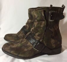 Boutique 9 B9 Ladies Ankle Boots Camouflage Leather Dressy Boots Size 6M BTRUSTY