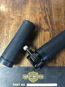 HARLEY BLACK WIDOW MOTORCYCLE CLUB THROTTLE GRIP SET,WITH CHROME END CAPS NEW