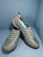 Ladies Skechers Slip On Grey Shoes Trainers size uk 4 eur 37 pre owned