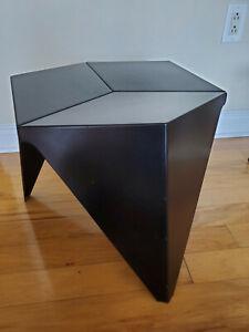 Isamu Noguchi 1957 Prismatic Table, Black
